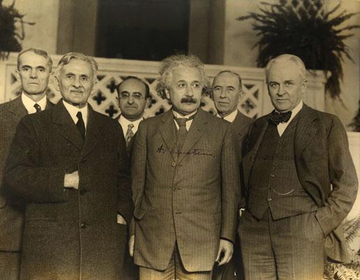 Einstein inedito: scoperta l'ipotesi perduta (e sbagliata ...