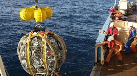In accensione l'acchiappa-neutrini subacqueo