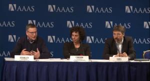 Stanley Riddell, Chiara Bonini e Dirk Busch alla conferenza dell'AAAS del 14 febbraio