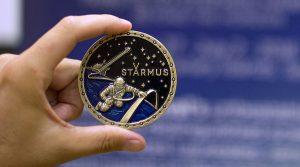 "La ""Stephen Hawking Medal of Science"". Crediti: Starmus"