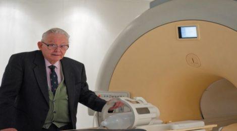 Muore a 83 anni Peter Mansfield, pioniere della risonanza magnetica